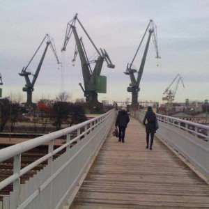 Shipyard Cranes i
